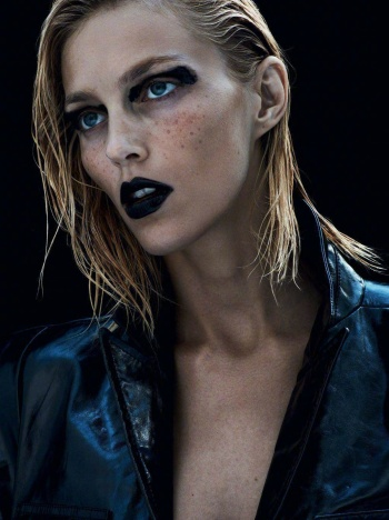Anja Rubik Vogue Paris September 2017-3