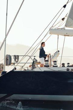 Eddie Redmayne Alessandra Ambrosio OMEGA Watches Seamaster Aqua Terra Campaign-9