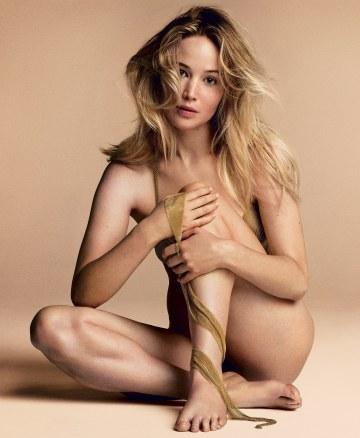 Jennifer Lawrence Vogue US September 2017-3