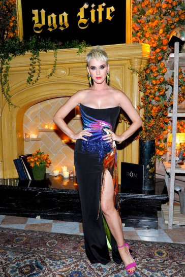 Katy Perry in Roberto Cavalli Couture-1