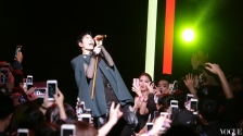 Jam Hsaio in Chloe Fall 2017-8