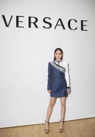 Jolin Tsai in Versace Resort 2018