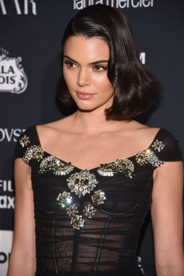 Kendall Jenner in Dolce & Gabbana-1