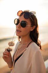 Gal Gadot Erroca Eyewear Cool Ray Collection 2017 Campaign-10