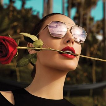 Gal Gadot Erroca Eyewear Cool Ray Collection 2017 Campaign-7