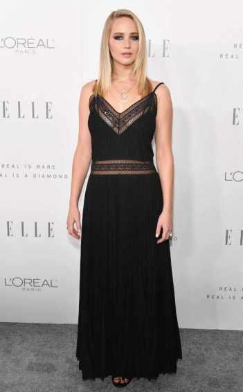 Jennifer Lawrence in Dior Spring 2018-1