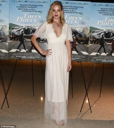 Jennifer Lawrence in L Wells Bridal Spring 2018-3