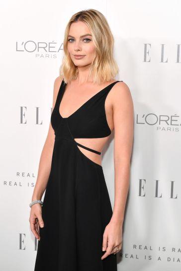 Margot Robbie in Calvin Klein by Appointment-3