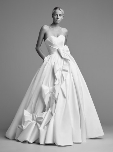 Viktor & Rolf Bridal Fall 2018 Look 12