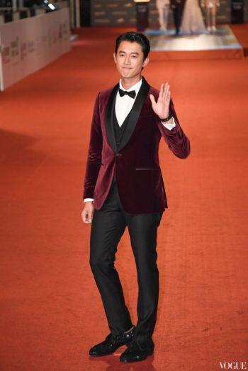Wu Kang Ren in Salvatore Ferragamo Velvet Suit-3