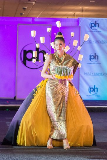 2017 Miss Universe National Costume-Laos