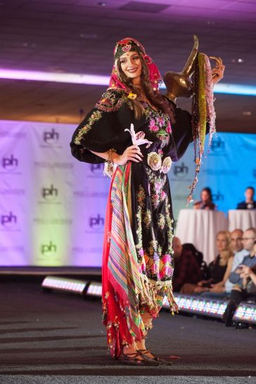 2017 Miss Universe National Costume-Turkey