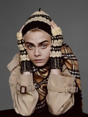 Cara Delevingne Burberry 2017 Holiday Campaign-3
