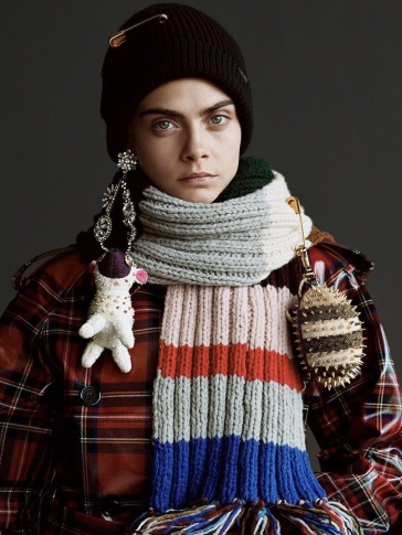Cara Delevingne Burberry 2017 Holiday Campaign-5