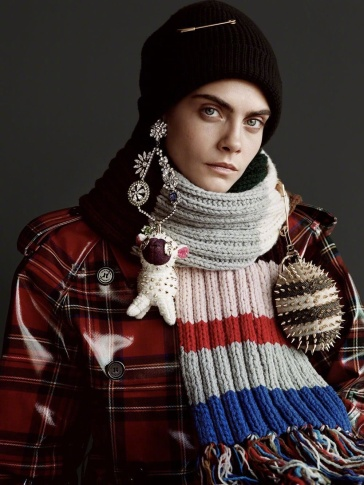 Cara Delevingne Burberry 2017 Holiday Campaign-6