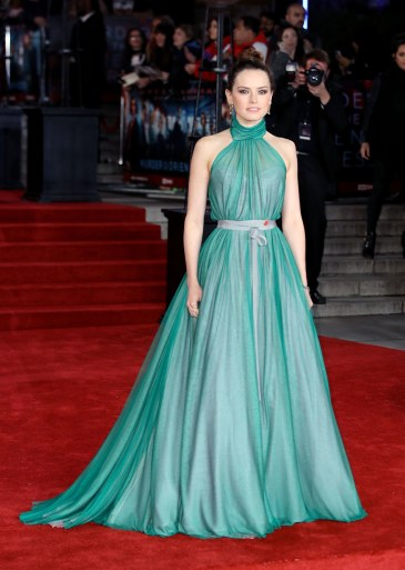 Daisy Ridley in Vivienne Westwood-2