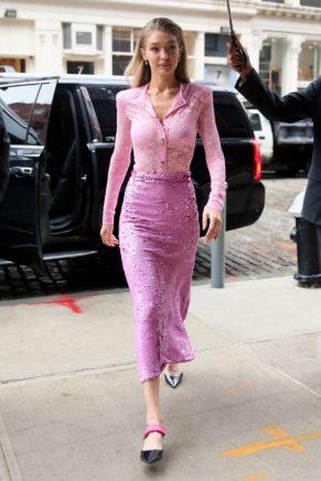 Gigi Hadid in Nina Ricci Fall 2017-2
