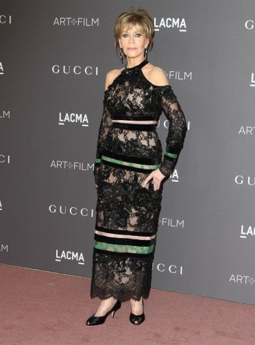 Jane Fonda in Elie Saab-2