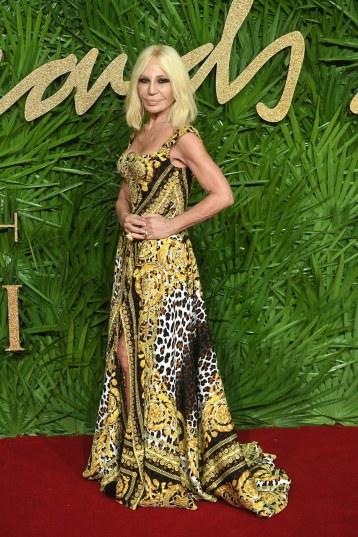Donatella Versace in Versace Spring 2018-1