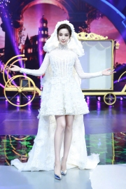 fan-bingbing-in-georges-chakra-fall-2017-couture