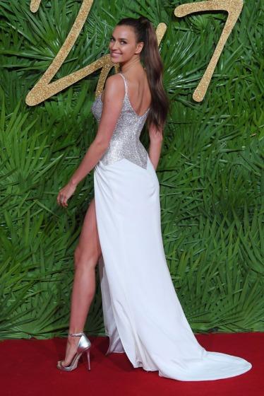 Irina Shayk in Atelier Versace-1