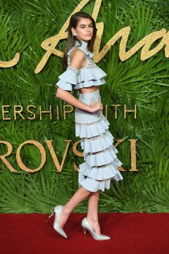 Kaia Gerber in Ralph & Russo Spring 2018-1