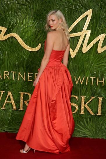 Karlie Kloss in Vivienne Westwood-1