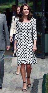 Kate Middleton in Dolce & Gabbana-1