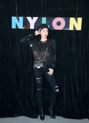 Ou Yang Nana in Chanel Fall 2017-1