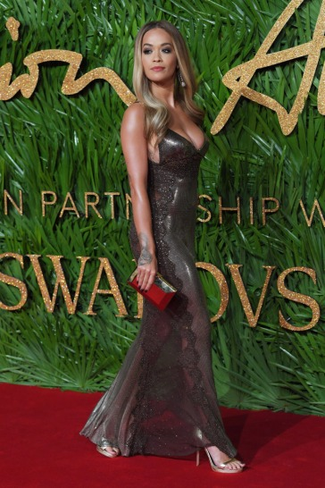 Rita Ora in Versace-3