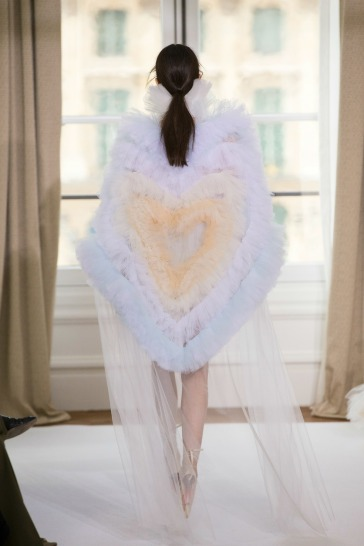 Schiaparelli Fall 2017 Couture-1