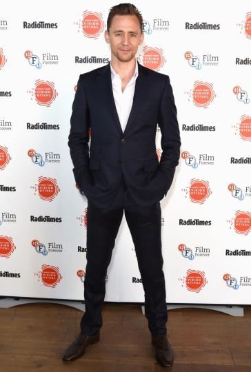 Tom Hiddleston-13
