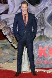 Tom Hiddleston-16