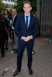Tom Hiddleston-3