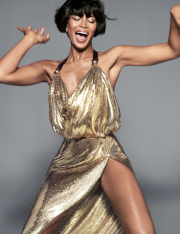 Versace Spring 2018 Campaign-Naomi Campbell-1