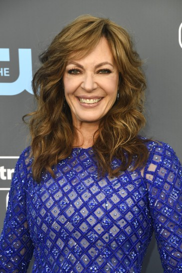 Allison Janney in Michael Conco Fall 2017 Couture-1