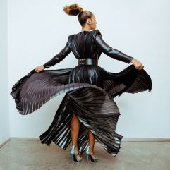 Beyonce in Ralph & Russo Spring 2018-3