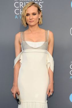 Diane Kruger in Vera Wang Spring 2018-1