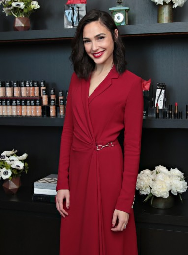 Gal Gadot in Gabriela Hearst Resort 2018-1