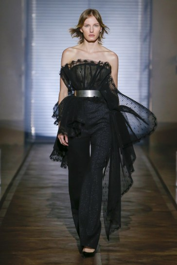 Givenchy Spring 2018 Couture Look 10
