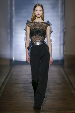 Givenchy Spring 2018 Couture Look 20