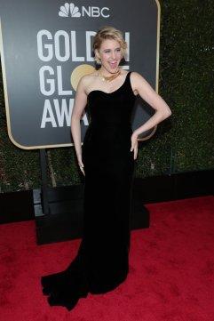 Greta Gerwig in Oscar de la Renta Fall 2017-1