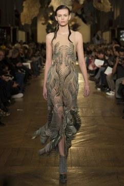Iris van Herpen Spring 2018 Couture Look 18