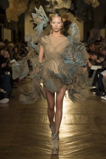 Iris van Herpen Spring 2018 Couture Look 21