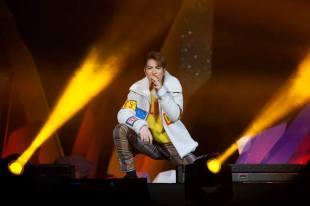 Jam Hsiao in Fendi Fall 2017 Menswear-3