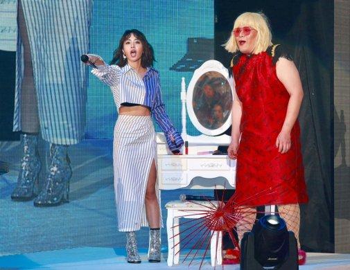 Jolin Tsai in Off-White Resort 2018-11