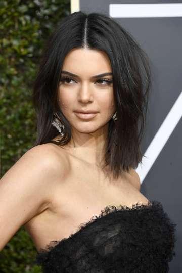 Kendall Jenner in Giambattista Valli Fall 2017 Couture-1
