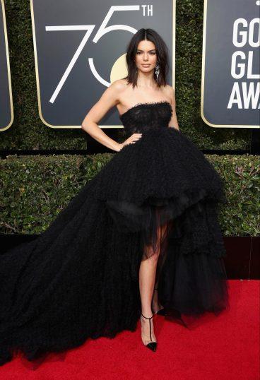 Kendall Jenner in Giambattista Valli Fall 2017 Couture-2