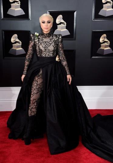 Lady Gaga in Armani Privé-4