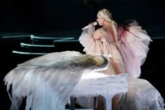 Lady Gaga in Armani Privé-6